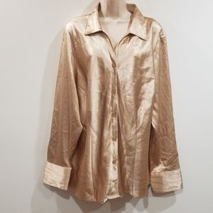Maggie Barnes 22W light Gold button down blouse